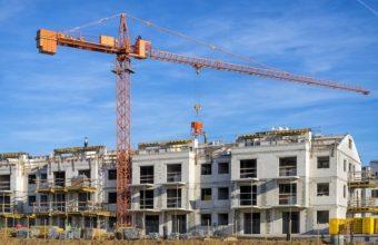 New-complex-of-apartment-buildings-under-construction-cm
