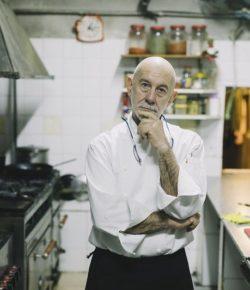 Chef-in-the-kitchen--cm